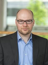 Prof. Tim Warszta